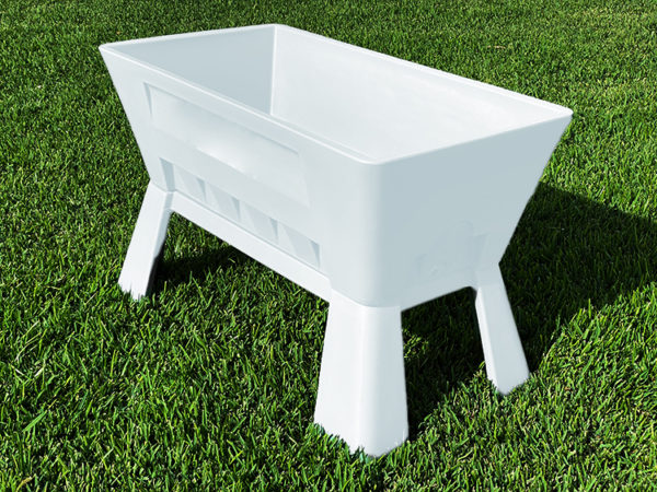 Garden Easi Planter Box White trial angle l e-Recovered 2 Beers